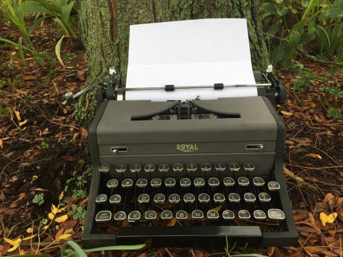 TypewriterHeaderPhoto.JPG